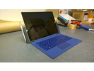 Testiss� Microsoft Surface Pro 3, Type Cover ja lataustelakka
