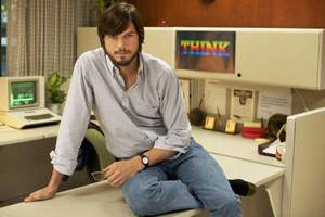 Here is the first clip of Ashton Kutcher as Steve Jobs